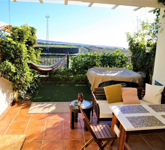 CANARY LIFE REAL ESTATE HOUSE FOR SALE MASPALOMAS DAY TIME CHALET (2)